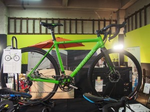 自転車の kona 自転車 中古 : MTBコンポ:SHIMANO DEOREメイン ...